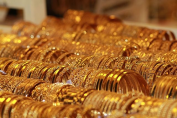 How bying gold in France